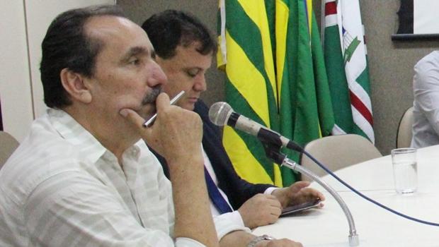Sem apresentar documentos, ex-secretário nega que Iris deixou dívida para Paulo Garcia