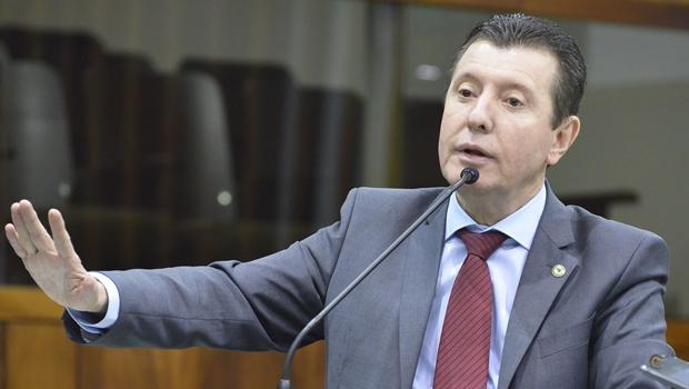 """José Nelto diz que seria """"um erro"""" não aceitar Caiado no PMDB"""