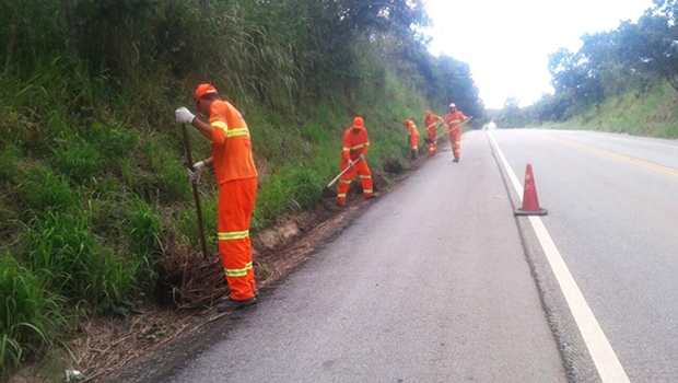 Governo de Goiás continua manutenção das rodovias durante feriado da Semana Santa