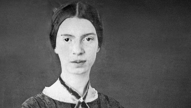 10 poemas de Emily Dickinson que você deve ler antes de morrer