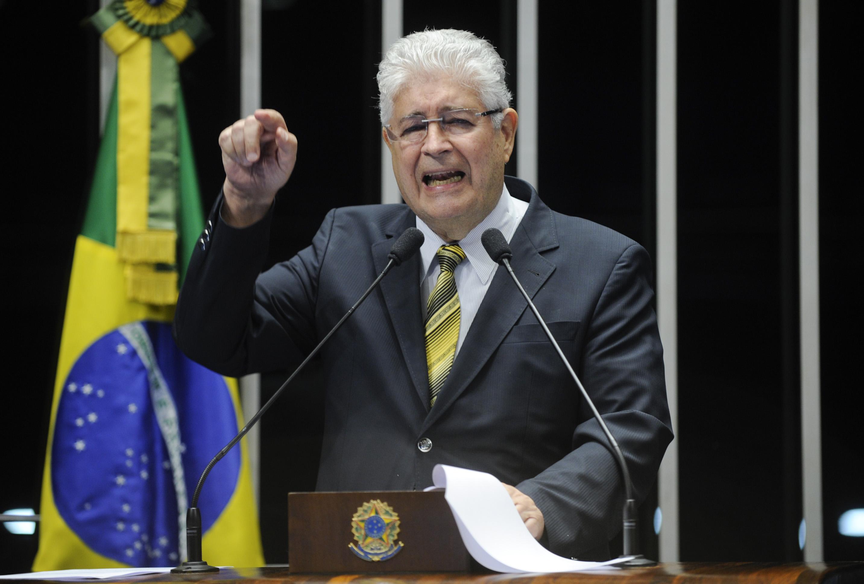 Roberto Requião diz que delação de Joesley Batista foi articulada pelos Estados Unidos. Veja vídeo