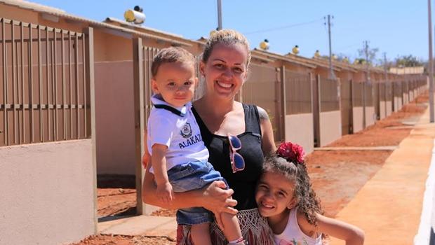 Governo de Goiás libera recursos para construção de casas em 45 municípios