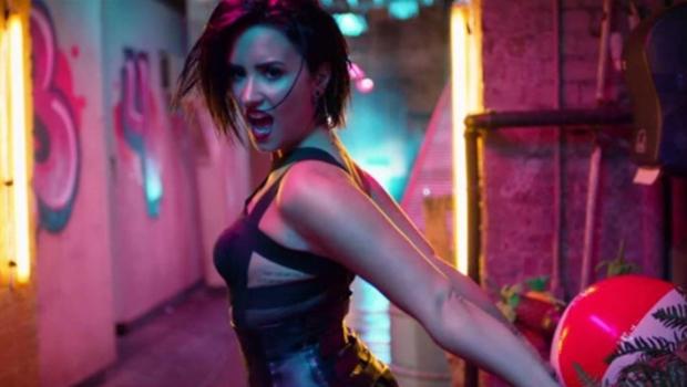 Demi Lovato revela expectativa para participar do Villa Mix em Goiânia