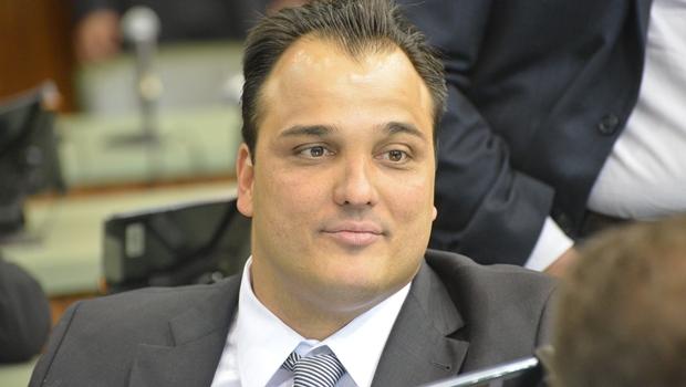 Frederico Nascimento deve trocar o PSD por um partido menor. Para tentar se eleger deputado