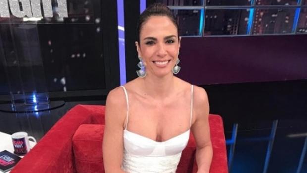 """Luciana Gimenez chama cozinha com empregados de """"senzala"""" e gera revolta"""