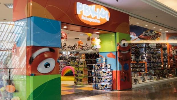 Babá diz ter sido vítima de racismo e humilhação em loja de brinquedos