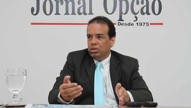 """""""Há um Lúcio Flávio que foi candidato e outro sentado na cadeira de presidente da OAB-GO"""""""