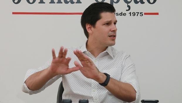 """""""Não são pesquisas que vão balizar decisões do PMDB"""", garante Daniel Vilela"""