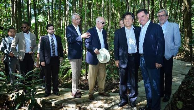 Marconi apresenta potencialidades de Goiás a 17 embaixadores