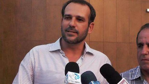 Cassado, prefeito de Goianésia deixa de comprar medicamentos e não faz obras significativas