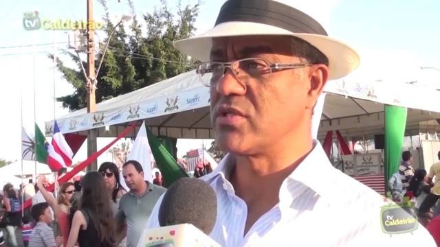 """Jornalista Jailton Batista lança o romance """"As Voltas do Mundo"""" no Palácio das Esmeraldas"""