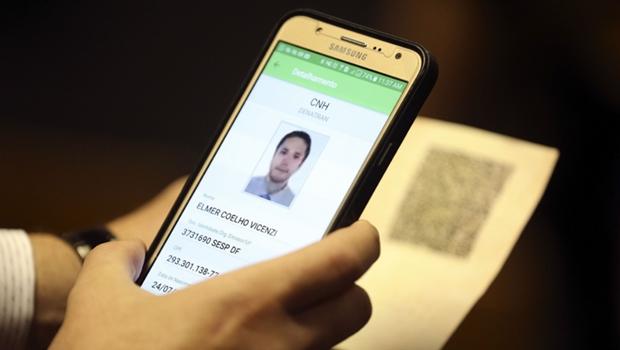 Nova CNH digital é aprovada em definitivo