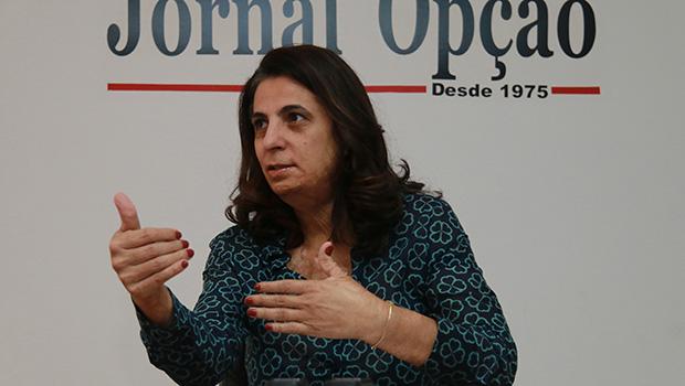 """""""Significa cidadania e dignidade no aprendizado"""", diz vereadora sobre inclusão de Libras nas escolas de Goiânia"""
