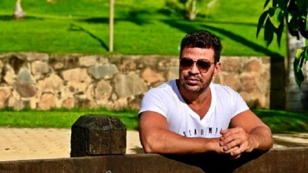 Eduardo Costa pede vantagens e segurança de prefeitura para comprar mansão