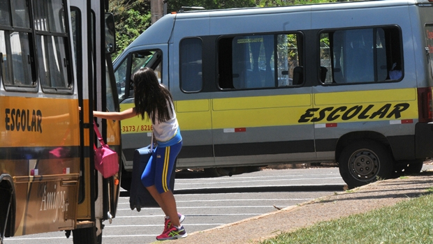 Alunos da zona rural de Goiânia ficam sem ir a aula por falta de transporte escolar