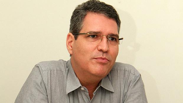 Francisco Jr. é cotado para ser líder do governo ou presidente da Assembleia