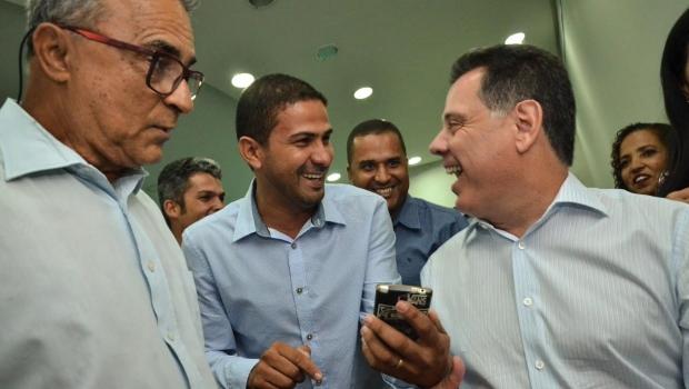 Prefeito de Cavalcante diz que Marconi anda distribuindo obras em Goiás