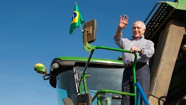"""Temer diz que """"logo"""" Brasil vai recuperar grau de investimento"""
