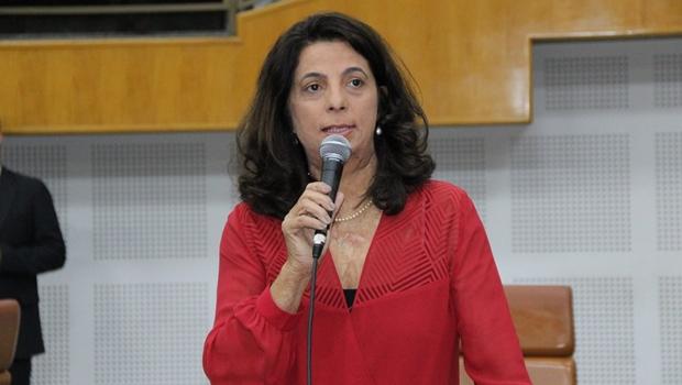 """""""Não disse até agora a que veio"""", diz Dra. Cristina sobre administração de Iris em Goiânia"""
