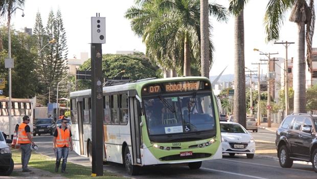 Fotossensores voltam a multar em sete bairros de Goiânia nesta quinta-feira (10)