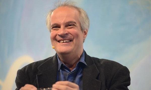 Diretor de redação da revista Época, João Gabriel de Lima pede demissão