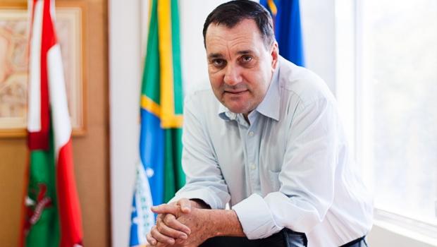 PF prende reitor de universidade federal suspeito de corrupção e cita organização criminosa