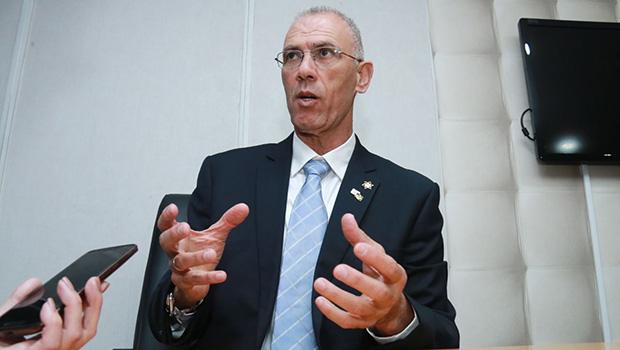Embaixador de Israel garante que vai resolver o problema da água no Brasil