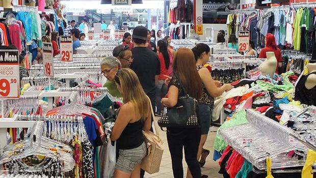 Comércio de Goiânia espera melhor Natal dos últimos quatro anos