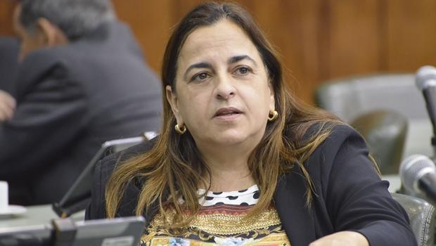 """""""Oposição em Goiás só discute nomes, não ideias"""", critica Eliane Pinheiro"""