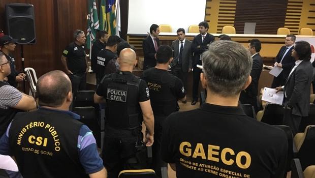 Oito são presos por envolvimento em fraude de programa de habitação em Goiás