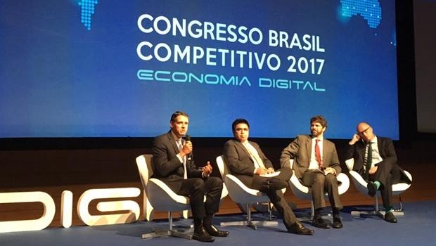 Em evento nacional, Thiago Peixoto defende investimento em inovação