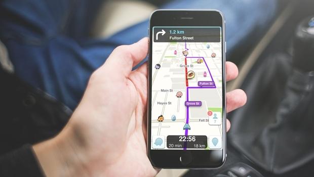Comissão rejeita projeto que proíbe uso de aplicativo para alertar blitz no trânsito