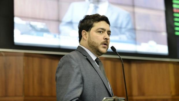 Deputado critica associação política à falta de água em Goiás