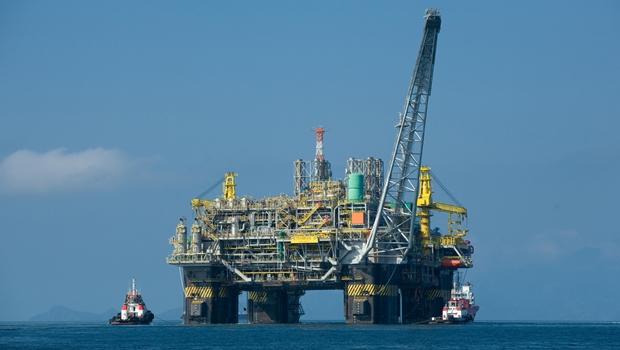 Petroleiros deflagram greve de 72 horas a partir de quarta-feira (30)