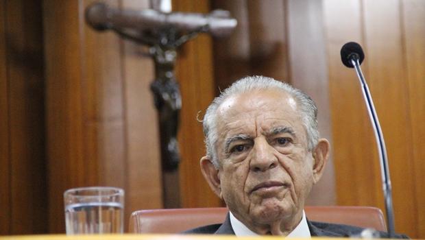Iris Rezende aparece bem nas pesquisas para governador