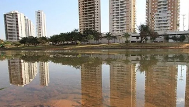 Homem é encontrado morto no lago do Parque Cascavel, em Goiânia