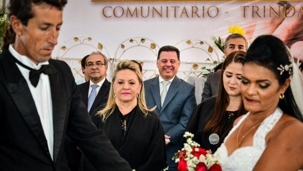 Programa Governo Junto de Você celebra casamento de 174 casais em Trindade