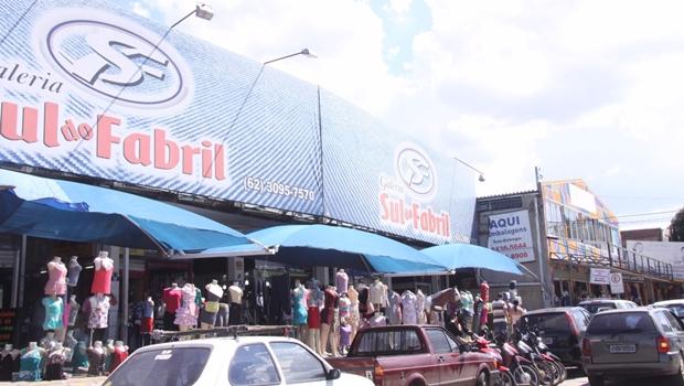 Prefeitura de Goiânia ignora apelo de lojistas e ambulantes continuam na 44