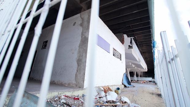 Com dívida de R$ 41 milhões, Jóquei Clube segue abandonado