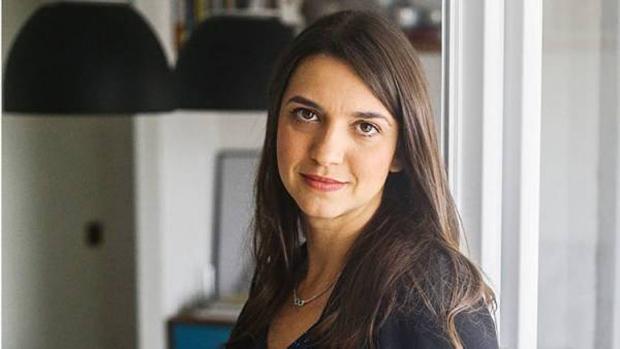 Mais atenta que os colegas, a repórter Renata Cafardo descobriu e denunciou o roubo das provas do Enem