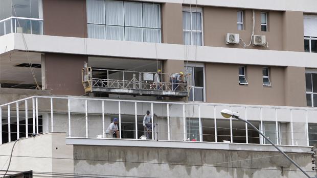 Goiânia não consegue acompanhar avanço  de obras irregulares