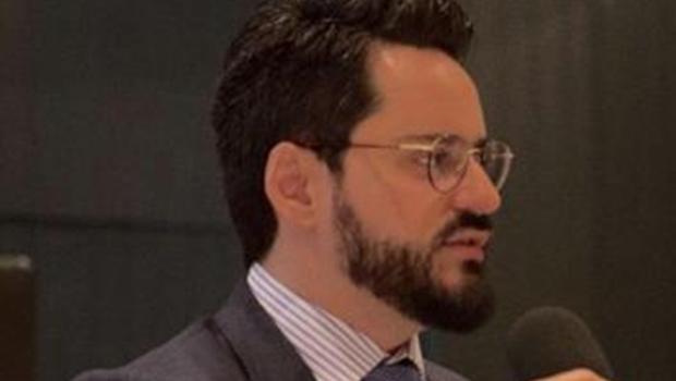 Professor Goiano recebe prêmio internacional por estudos na área do Direito