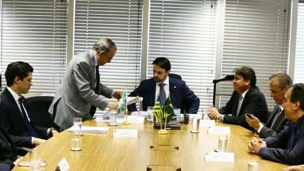 Wilder Morais reúne ministro das Cidades com Iris para destravar obras do BRT
