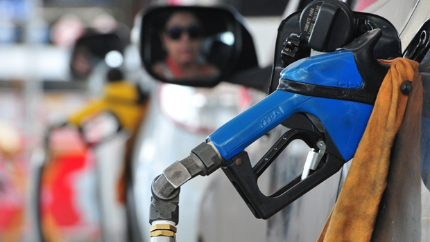 Goiás sai do ranking de Estados com gasolina mais cara do País