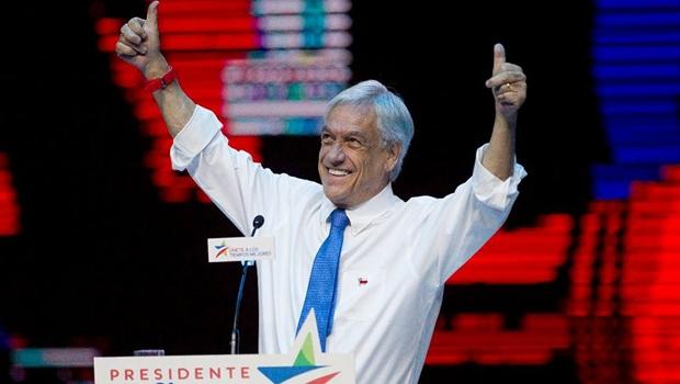 """Sebastián Piñera vence eleições no Chile e promete """"ser presidente de todos"""""""