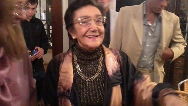 A segunda morte de Nelly Novaes Coelho