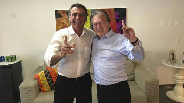 Bolsonaro deve deixar PSL na terça-feira, 12, diz revista