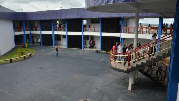 Marconi inaugura nova sede da UEG em Itaberaí
