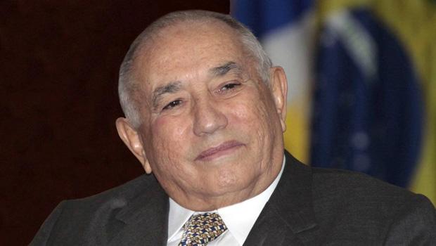 Siqueira Campos deixa a UTI e pode retornar ao Estado em 10 dias