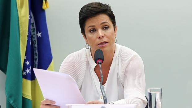 Justiça nega mais um recurso posse de Cristiane Brasil segue suspensa